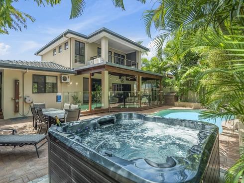 10 Tabilban Street Burleigh Heads, QLD 4220