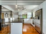 11 Burrowa Street Stafford, QLD 4053