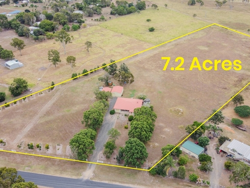 8 Pleasant Drive Sharon, QLD 4670