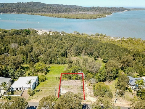 60 Crescent Dve Russell Island, QLD 4184