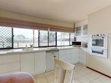 2 Rosemont Avenue Broadbeach Waters, QLD 4218