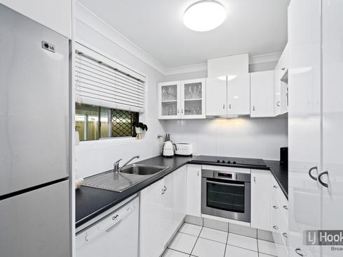 19 Nalkari Street Coombabah, QLD 4216