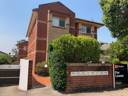 1/70 Hampden Road Russell Lea, NSW 2046