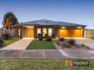 26 Skyline Way Berwick , VIC, 3806
