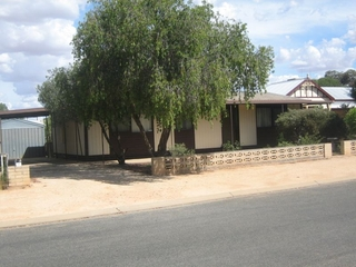 21 Eringa Avenue Loxton , SA, 5333