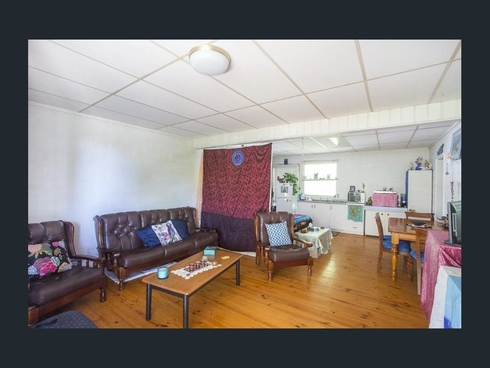 19B Surf Beach Avenue Surf Beach, NSW 2536