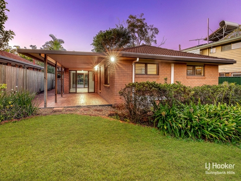 72 Bolton Street Eight Mile Plains, QLD 4113