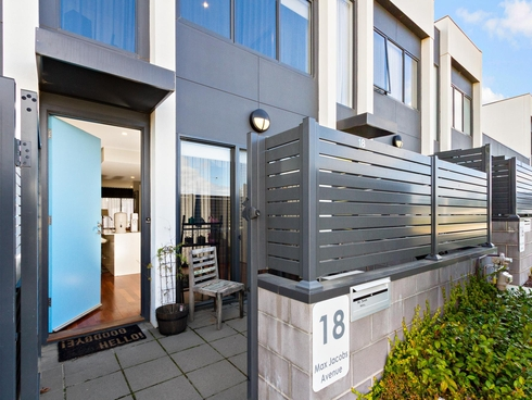 18 Max Jacobs Avenue Wright, ACT 2611