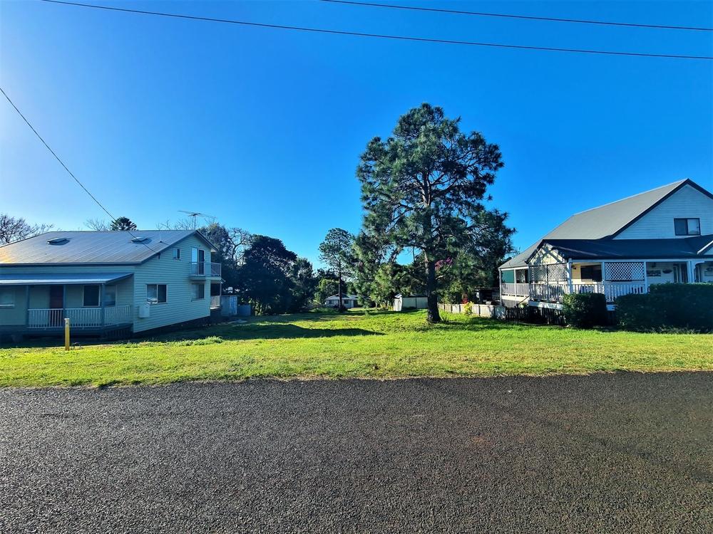 13 Vista St Russell Island, QLD 4184