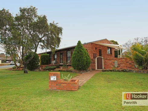 37 Charles Sturt Drive Werrington County, NSW 2747