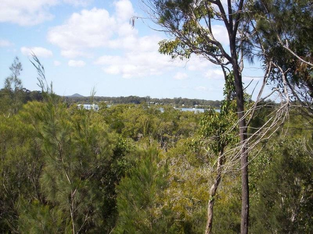 14 Emita Street Macleay Island, QLD 4184