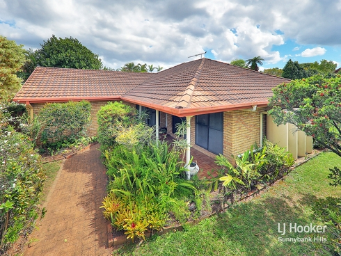 6 Halkin Street Eight Mile Plains, QLD 4113