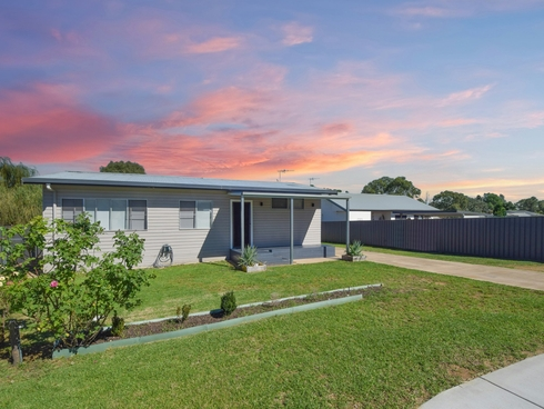 5 Lachlan Close Young, NSW 2594