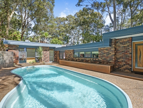 13 Northview Drive Bateau Bay, NSW 2261