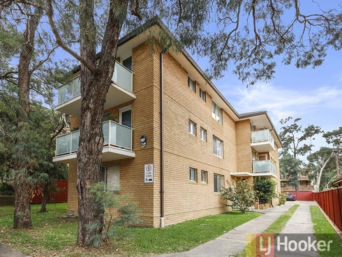 2/60 The Avenue Hurstville, NSW 2220