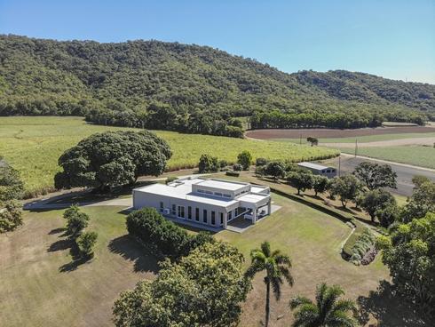 42 Coolalinga Drive Port Douglas, QLD 4877