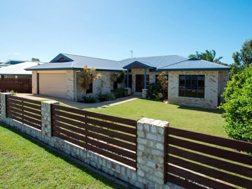 8 Riverside Drive Tannum Sands, QLD 4680