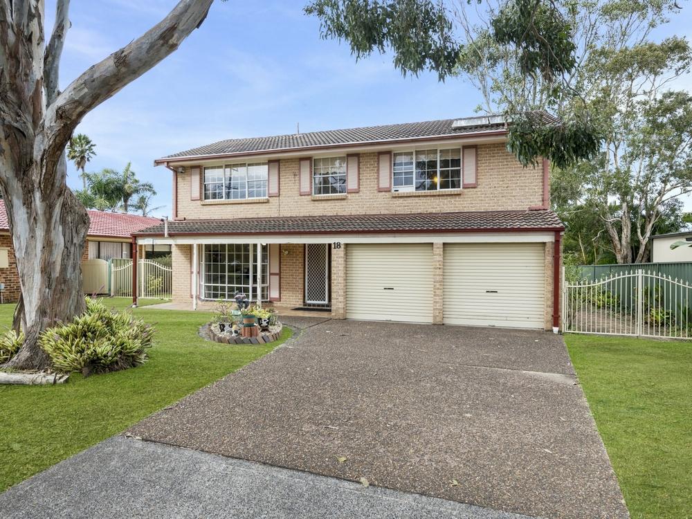 18 Denison Street Norah Head, NSW 2263