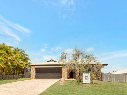 4 Bristol Place Clinton, QLD 4680