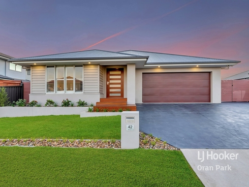 42 Willmington Loop Oran Park, NSW 2570
