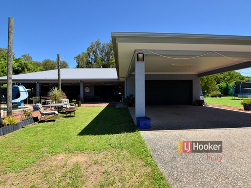 112 Tully Heads Road Tully Heads, QLD 4854