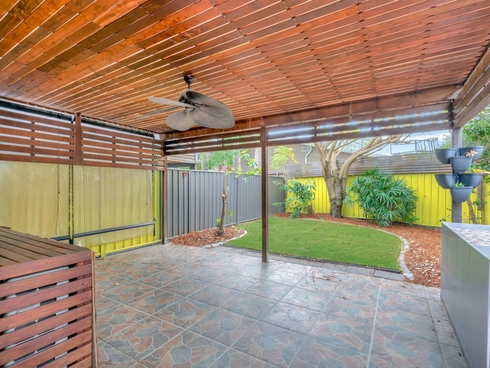 2/372 Pine Ridge Road Coombabah, QLD 4216