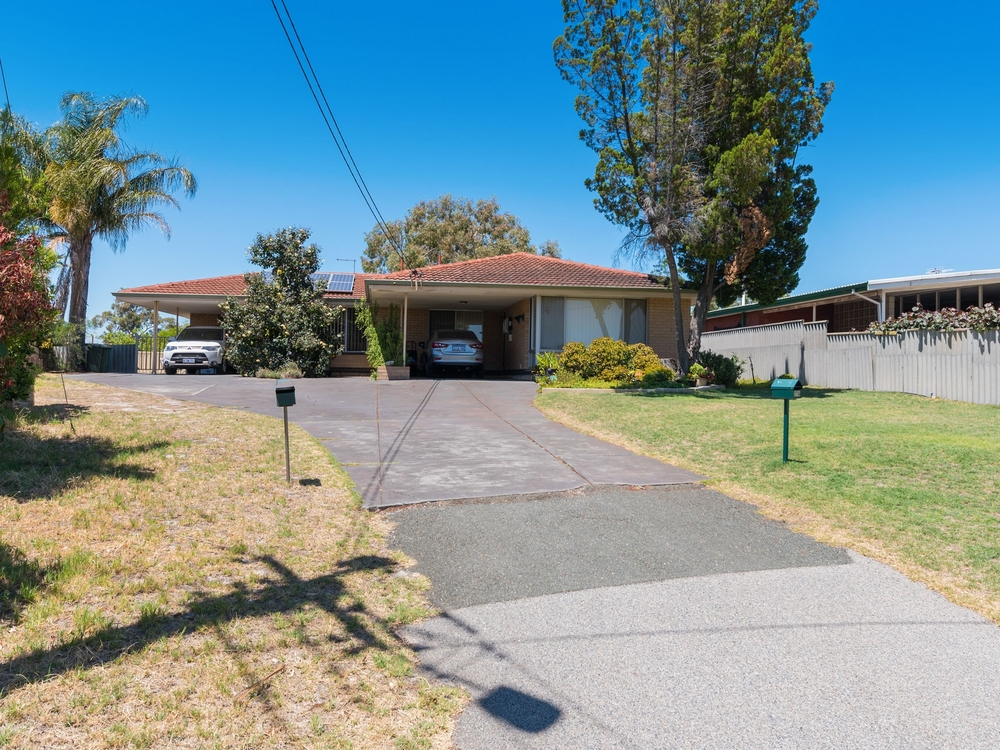 27 Mandora Way Riverton, WA 6148