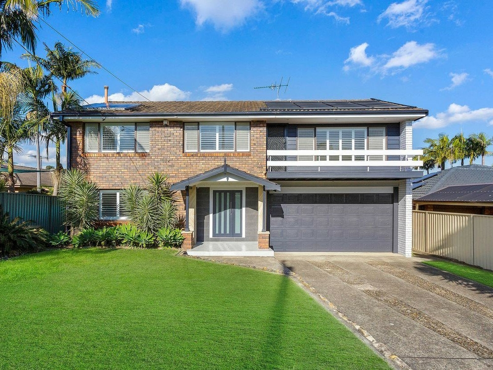 6 Riverside Ave Picnic Point, NSW 2213