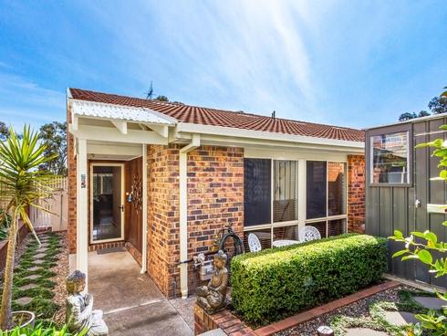 3/27 Elm Way Jerrabomberra, NSW 2619
