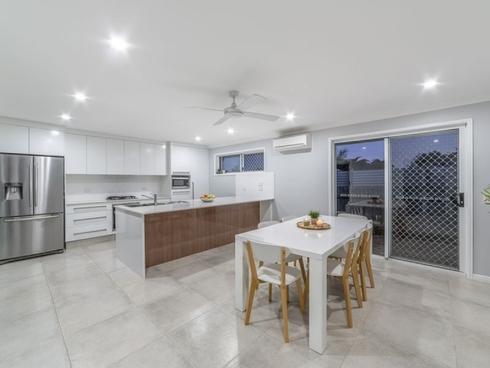 8 Elanda Place Helensvale, QLD 4212