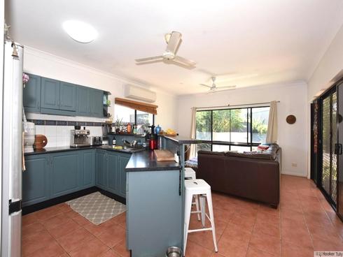 10 Southward Street Mission Beach, QLD 4852
