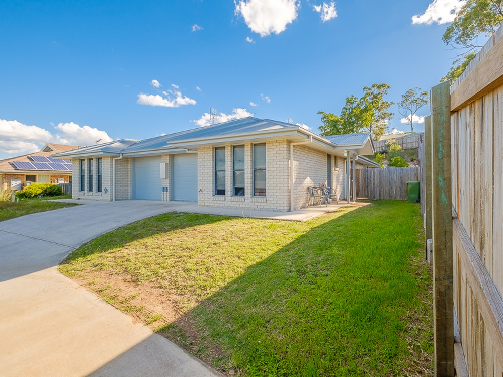 2/23 Bond Drive Southside, QLD 4570
