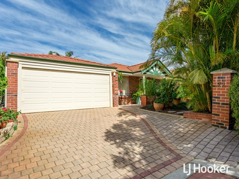22 Woodspring Trail Canning Vale, WA 6155