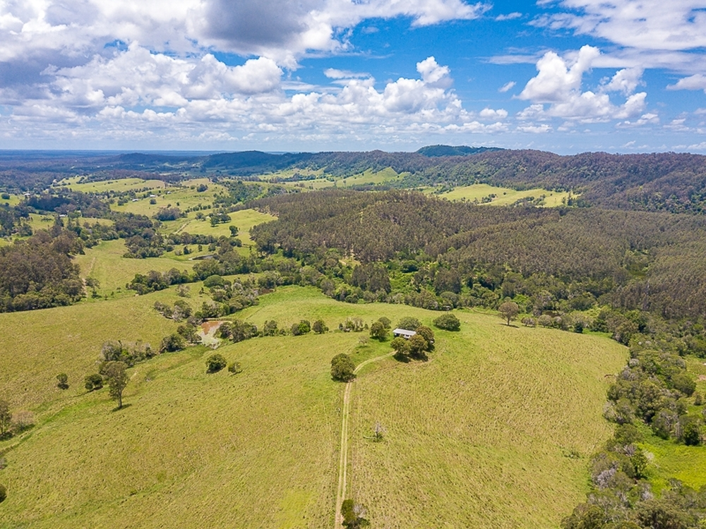 1386 Sandy Creek Road Downsfield, QLD 4570