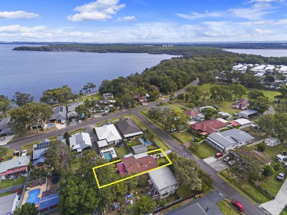 1 Koradji Avenue Lake Munmorah, NSW 2259