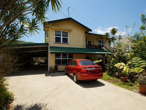 135 Bryant Street Tully, QLD 4854