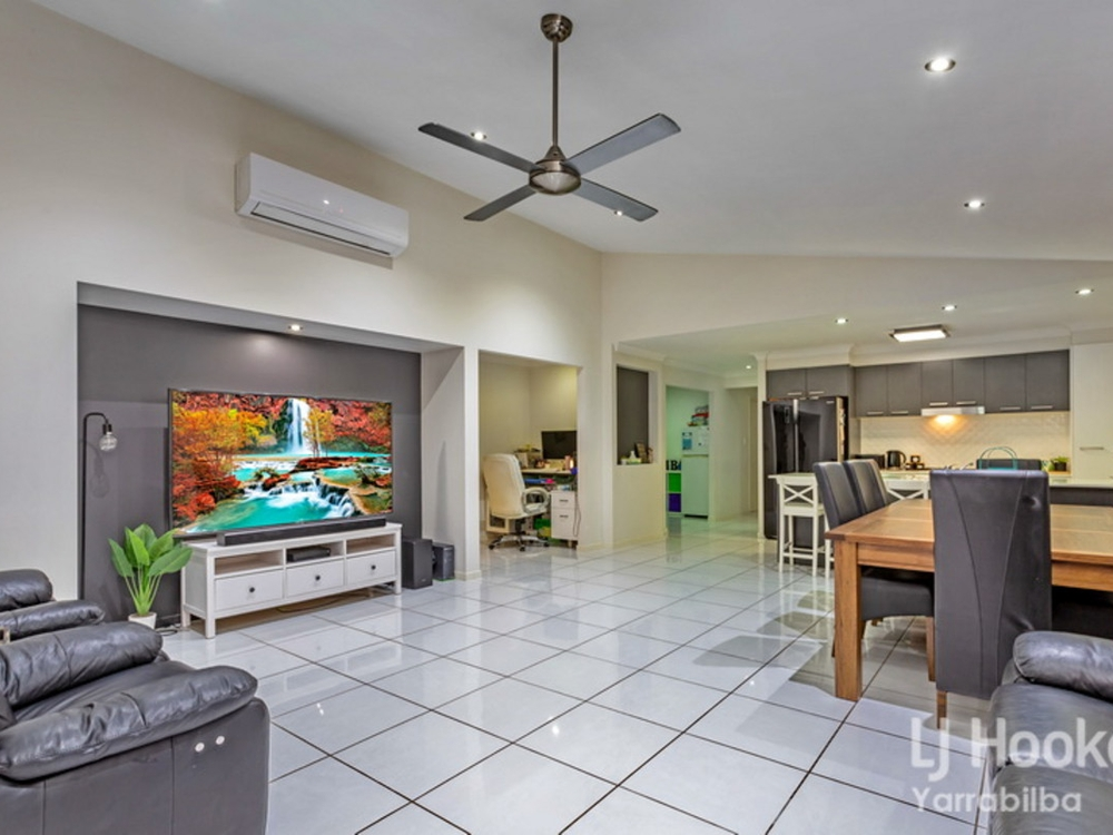 24 Treeline Circuit Yarrabilba, QLD 4207