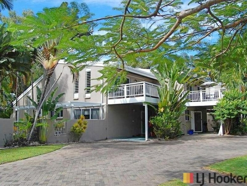 2 Nirvana/25 Langley Road Port Douglas, QLD 4877