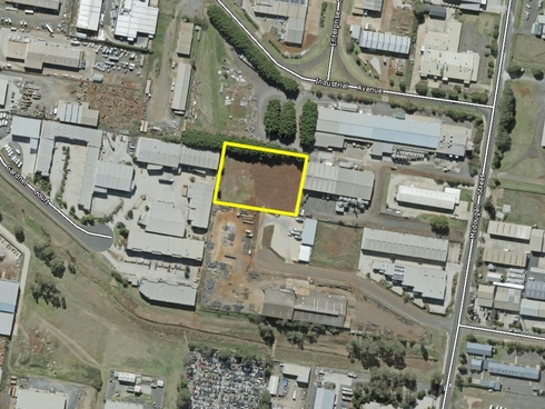 2/207-217 McDougall Street Wilsonton, QLD 4350