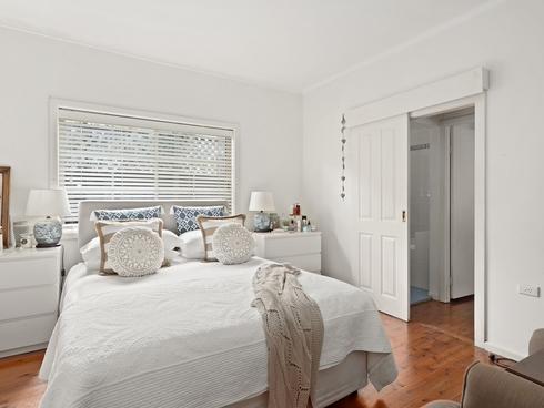 9 Auburn Street Point Frederick, NSW 2250