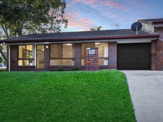 2/131 Cotlew Street Ashmore , QLD, 4214