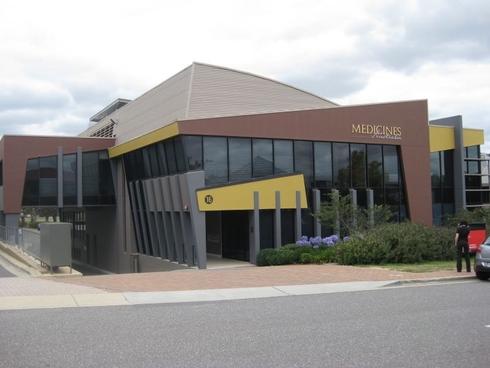 16 Napier Close Deakin, ACT 2600