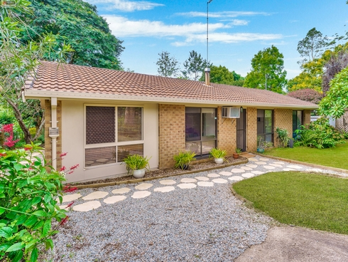 5 Stradbroke Avenue Tamborine Mountain, QLD 4272