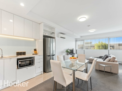 105/17 Malata Crescent Success, WA 6164