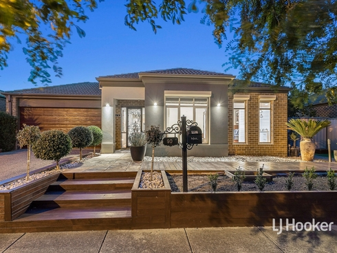 90 Rowland Drive Point Cook, VIC 3030