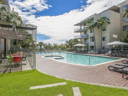 1090/1 Ocean Street Burleigh Heads, QLD 4220