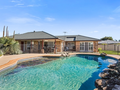19 Cove Court Victoria Point, QLD 4165