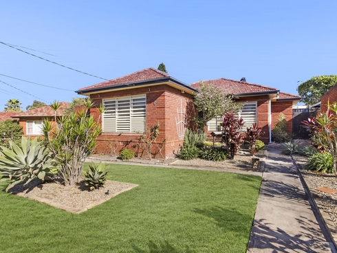 8 Chalford Avenue Canterbury, NSW 2193