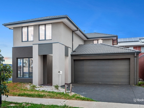 38 Bowling Avenue Point Cook, VIC 3030