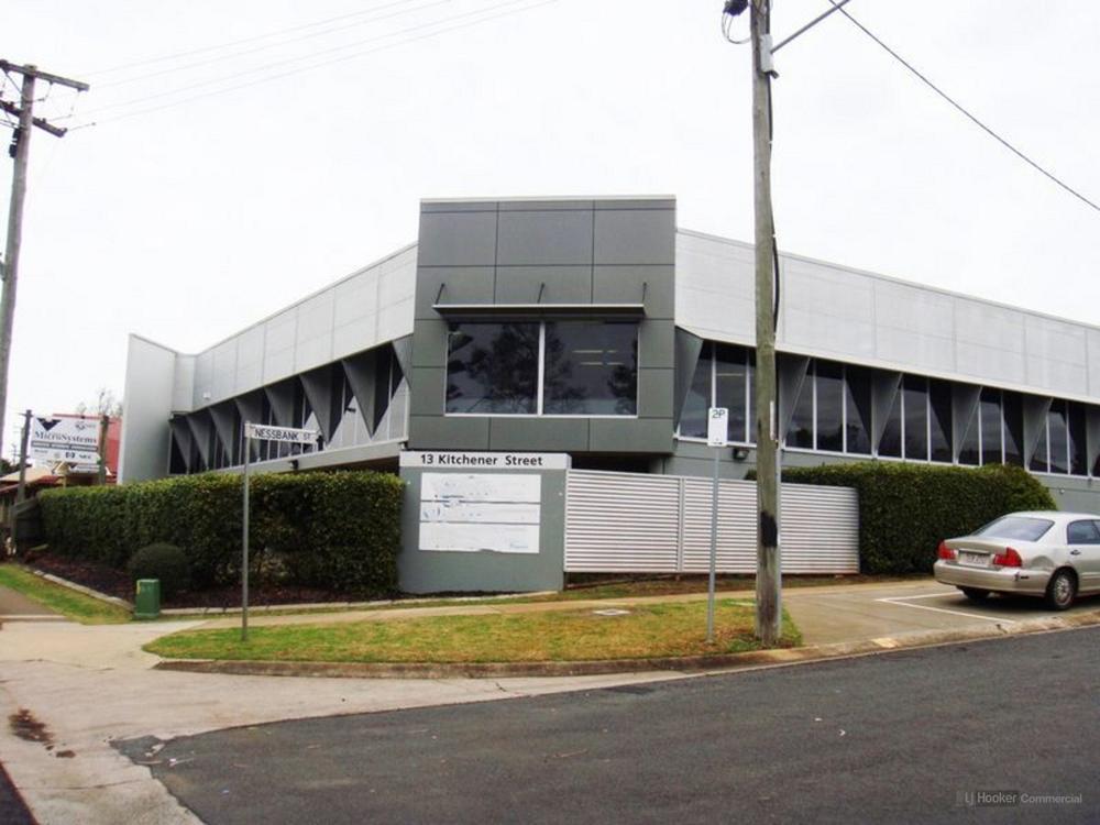 Suite 3/13 Kitchener Street East Toowoomba, QLD 4350